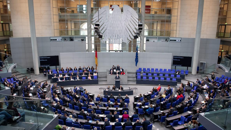 Die Debatte zu 70 Jahre Grundgesetz im Livestream