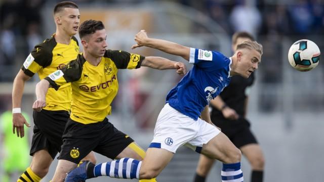 FC Schalke 04 U 19 v Borussia Dortmund U19 - A-Juniors German Championship Semi Final Leg One