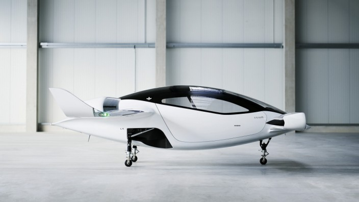 Air taxi startup Lilium stages test 'hover' of 5-seater prototype