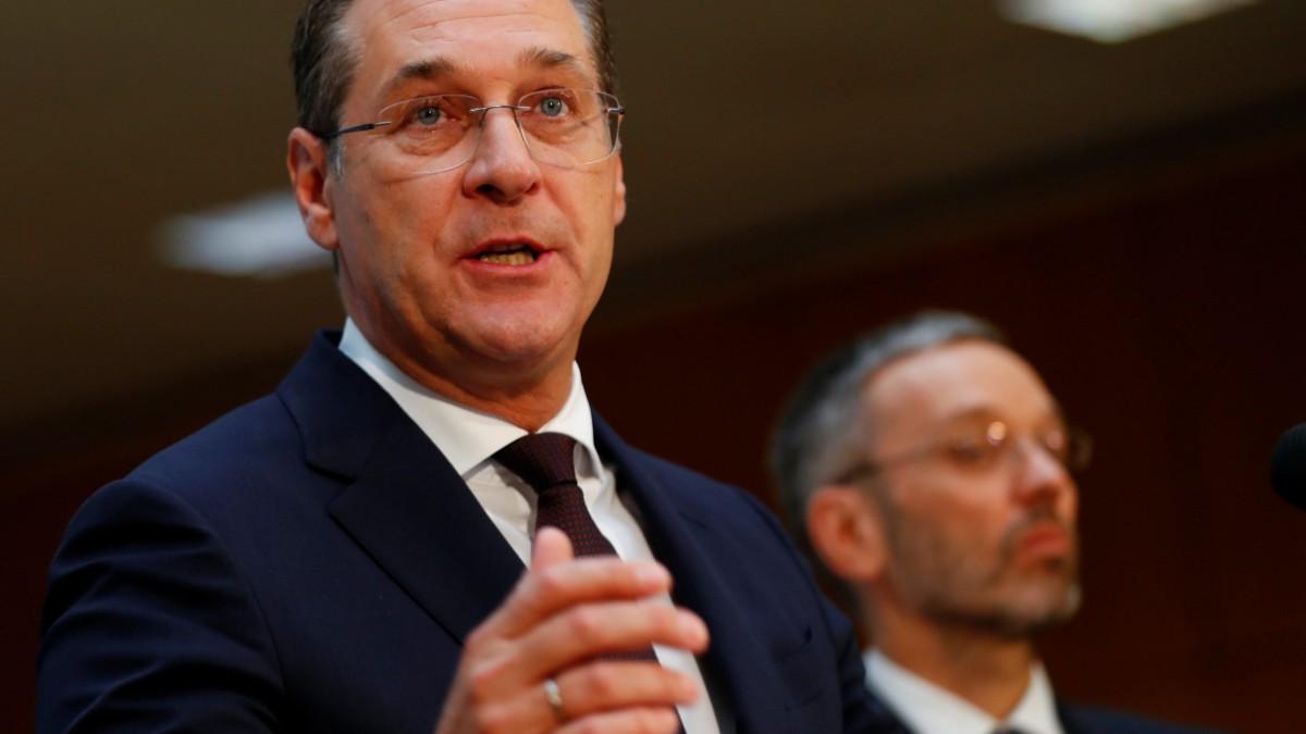Opposition fordert Straches Rücktritt - Reaktion von Kanzler Kurz erwartet