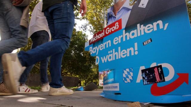 Wahlplakat der Partei AfD Alternative für Deutschland zur Landtagsswahl Bayern mit Aufschrift Bayern