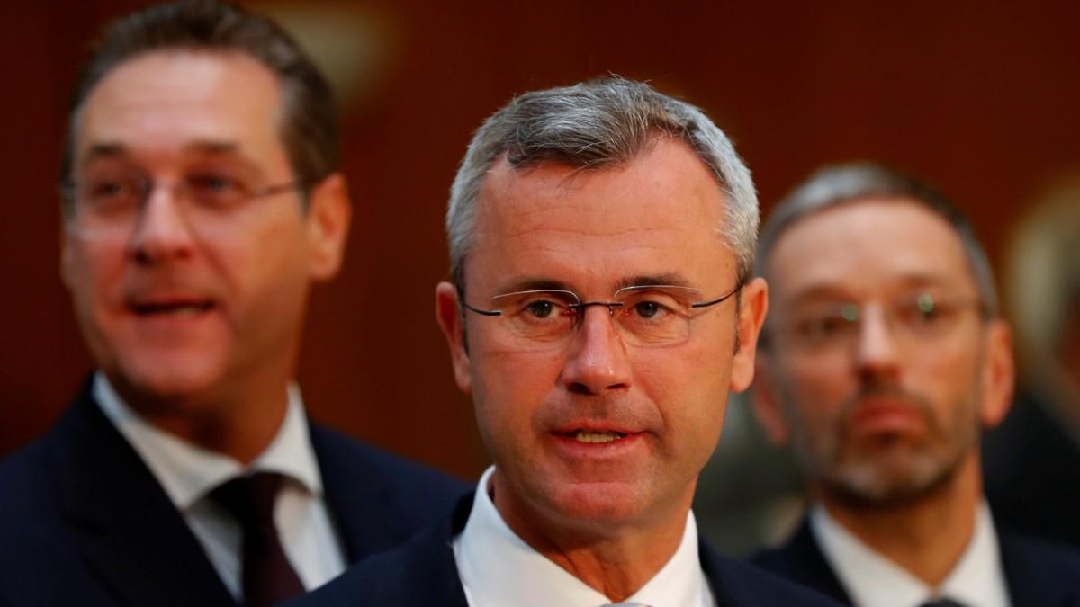 Der neue FPÖ-Chef steht in Straches Schuld
