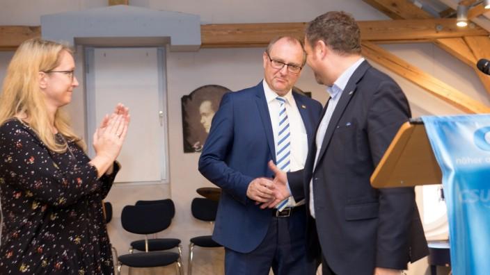 Garching, Musikschule, Beethovensaal, Römerhofweg 12b: Aufstellungsversammlung für den CSU-Bürgermeisterkandidaten Jürgen Ascherl, der einstimmig gewählt wurde.