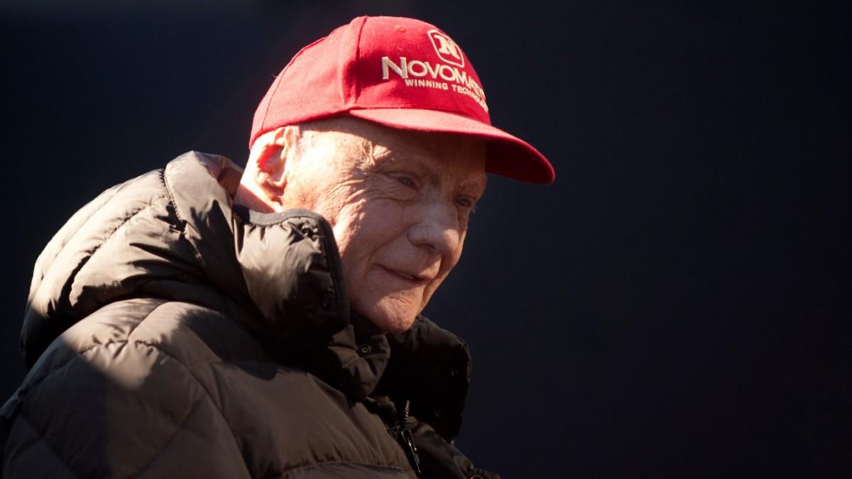 """Reaktionen zu Tod von Niki Lauda: """"Ziehen unsere Kappe"""""""