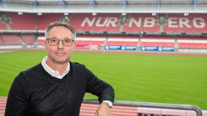 1. FC Nürnberg stellt neuen Trainer Damir Canadi vor