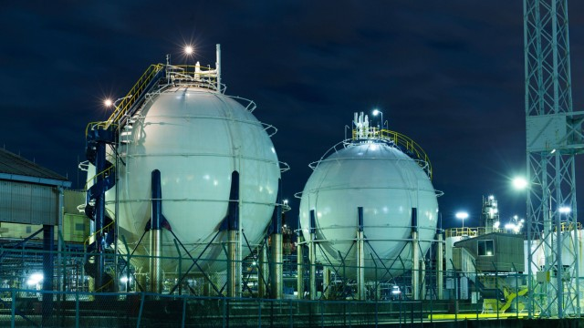 Gas storage tanks PUBLICATIONxINxGERxSUIxAUTxONLY Copyright xleungchopanx Panthermedia16297847