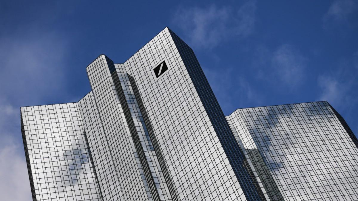 Deutsche Bank muss sich von Tausenden Kunden trennen