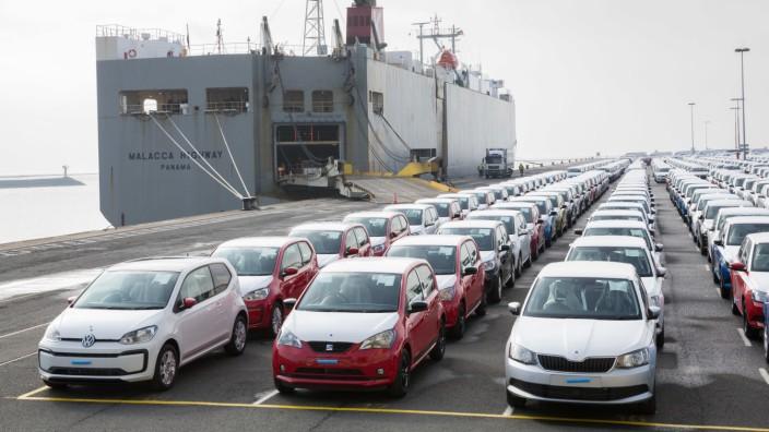 Auto-Export - Hafen von Emden