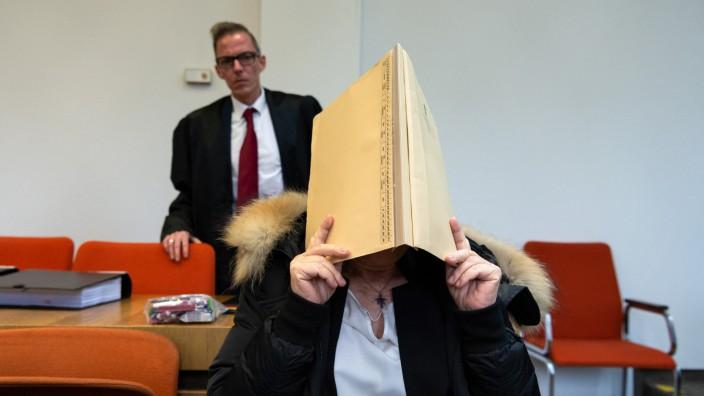 Frau wegen versuchter Ermordung des Ehemanns vor Gericht