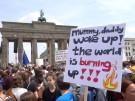 Fridays for Future: Zehntausende Schüler demonstrieren (Vorschaubild)
