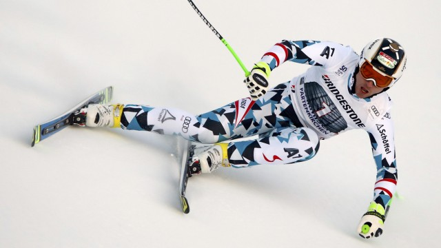 Alpine Skiing - FIS Alpine Skiing World Cup - Men's Downhill