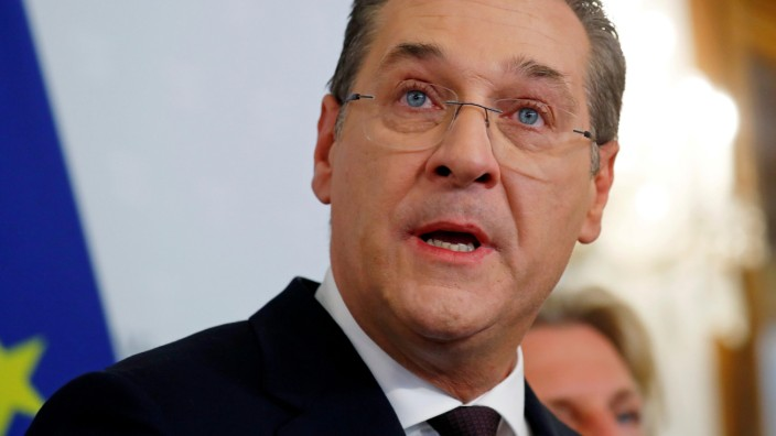 FILE PHOTO: Austrian Vice Chancellor Heinz-Christian Strache addresses the media in Vienna