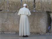 Papst Benedikt XVI. an der Klagemauer, AFP