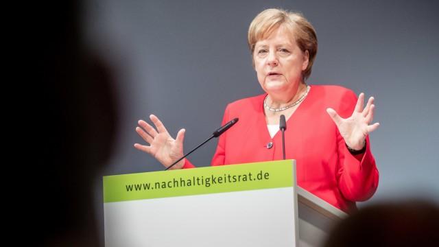 Angela Merkel spricht auf der Jahreskonferenz des Rates für Nachhaltige Entwicklung