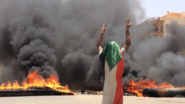 Politik Sudan Sudan