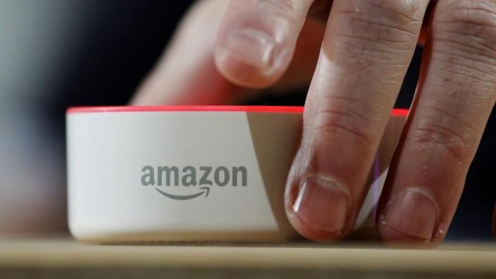 Amazons Echo-Lautsprecher mit Sprachassistent Alexa