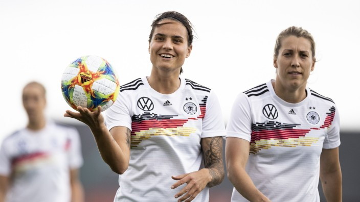 Germany Press Conference & Training - FIFA Women's World Cup France 2019