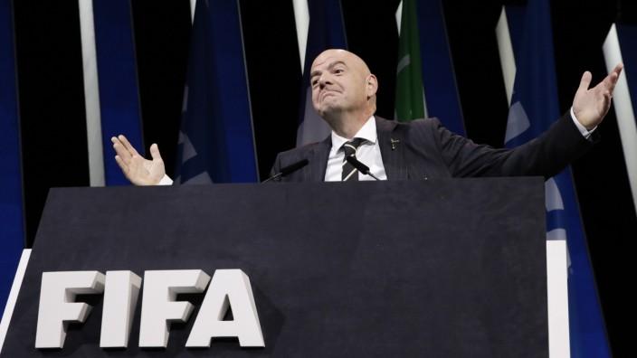 FIFA - Kongress und Wahl des Präsidenten in Paris