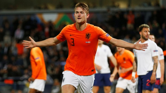 UEFA Nations League Semi Final - Netherlands v England