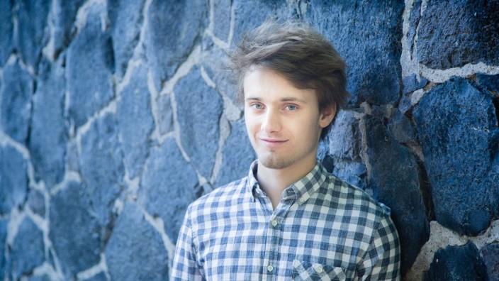Niklas Roever (Klavier)
