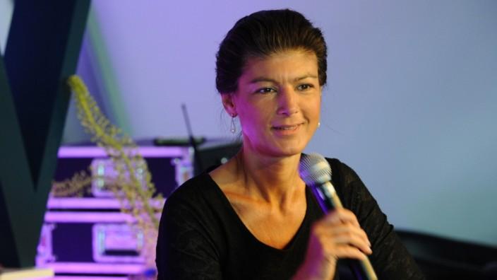 Sahra Wagenknecht beim Plan-W-Kongress in Berlin, 2019