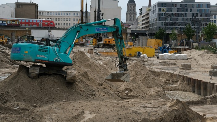 World War II Bomb Found In Central Berlin