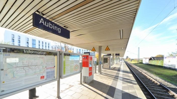 S-Bahnhof Aubing in München, 2012