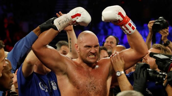 Tyson Fury v Tom Schwarz - Heavyweight Fight