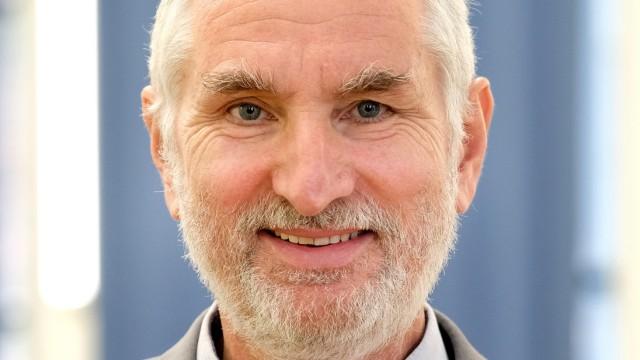 Prof. Dr. Ulrich Bartosch