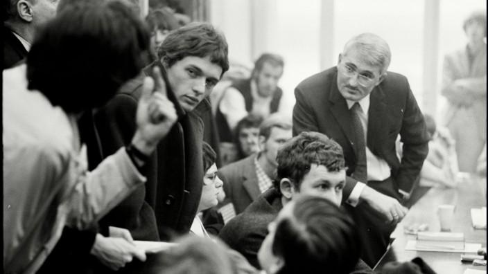 Jürgen Habermas im Philosophischen Seminar, Frankfurt 1969