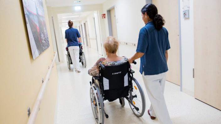 Erfahrungen bayerischer Kliniken mit neuen Pflegeuntergrenzen