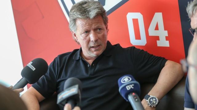 3 Liga Fußball FC Ingolstadt 04 Pressekonferenz Vorstellung neuer Cheftrainer Jeff Saibene