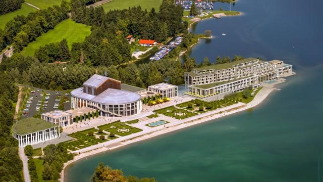 Politik in Bayern Protest gegen geplantes Luxushotel