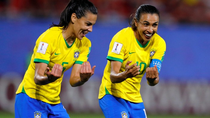 Women's World Cup - Group C - Italy v Brazil