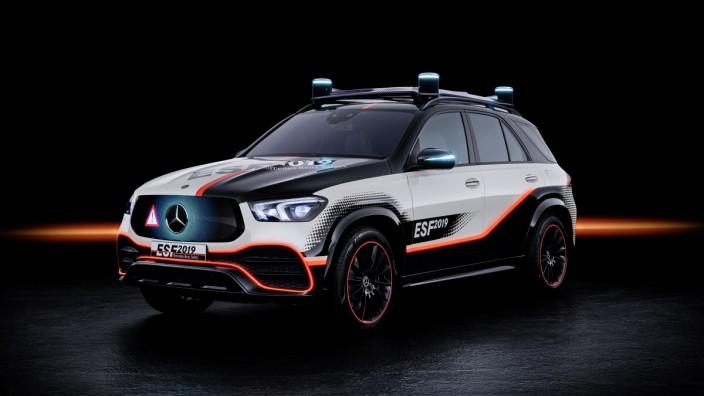 Das Experimental-Sicherheits-Fahrzeug (ESF) 2019  The Experimental Safety Vehicle (ESF) 2019