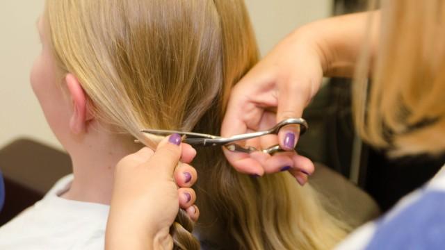 Bei haarausfall haare abschneiden