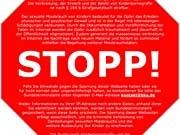 Stopp-Schild gegen Kinderpornohraphie