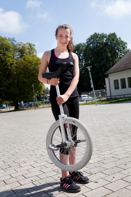 Einradfahrerin Emma Neumann aus München, 2016