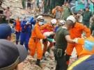 Dutzende Menschen sterben bei Unglück auf Baustelle (Vorschaubild)