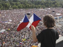 Protestzug gegen Tschechische Regierung