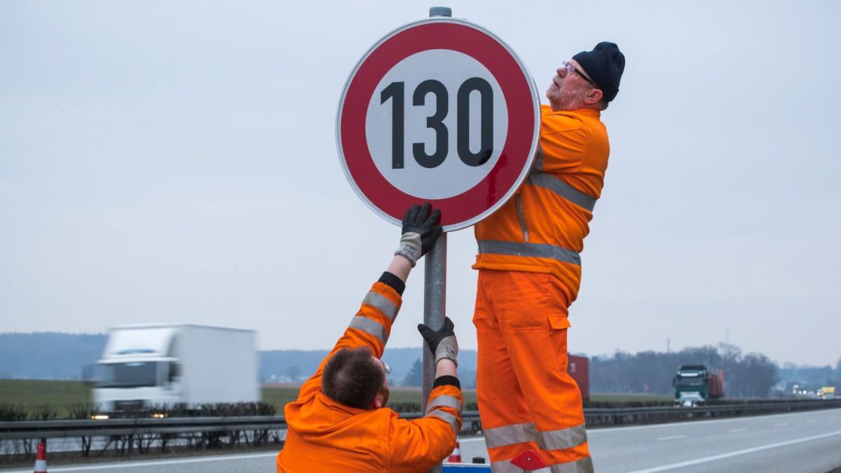 Verkehr - Bundesregierung lehnt Tempolimit ab