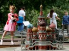 2019-06-25T000000Z_1628544229_RC121F4437D0_RTRMADP_5_RUSSIA-ARCHITECTURE-MODELS