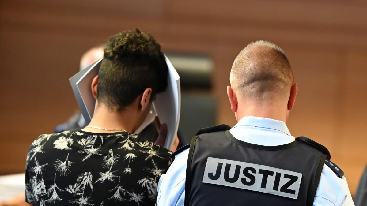 Freiburg: Prozess wegen Gruppenvergewaltigung vertrackt