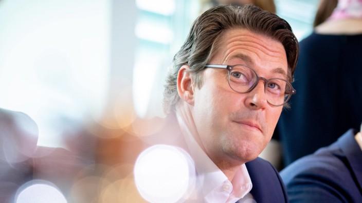 Verkehrsminister Andreas Scheuer (CSU) in einer Kabinettssitzung
