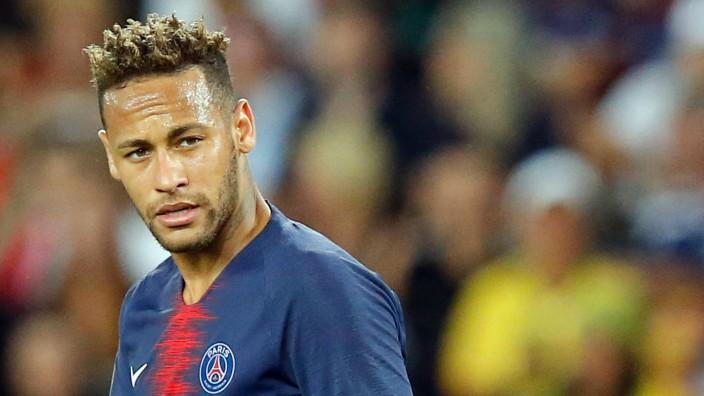 Wechselspekulationen um Neymar