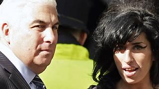 Amy Winehouse, Eltern, Mitch Winehouse; AFP