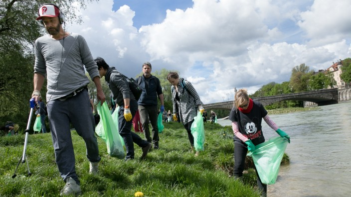 Isar Cleanup in München, 2017