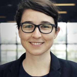 Portrait  Lea Deuber