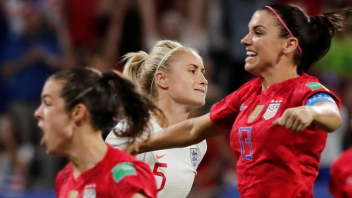 Women's World Cup - Semi Final - England v United States