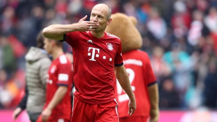 FC Bayern Muenchen v Hannover 96 - Bundesliga; Robben